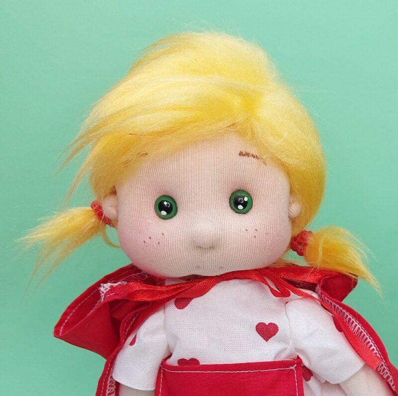 Caperucita Roja muñeca